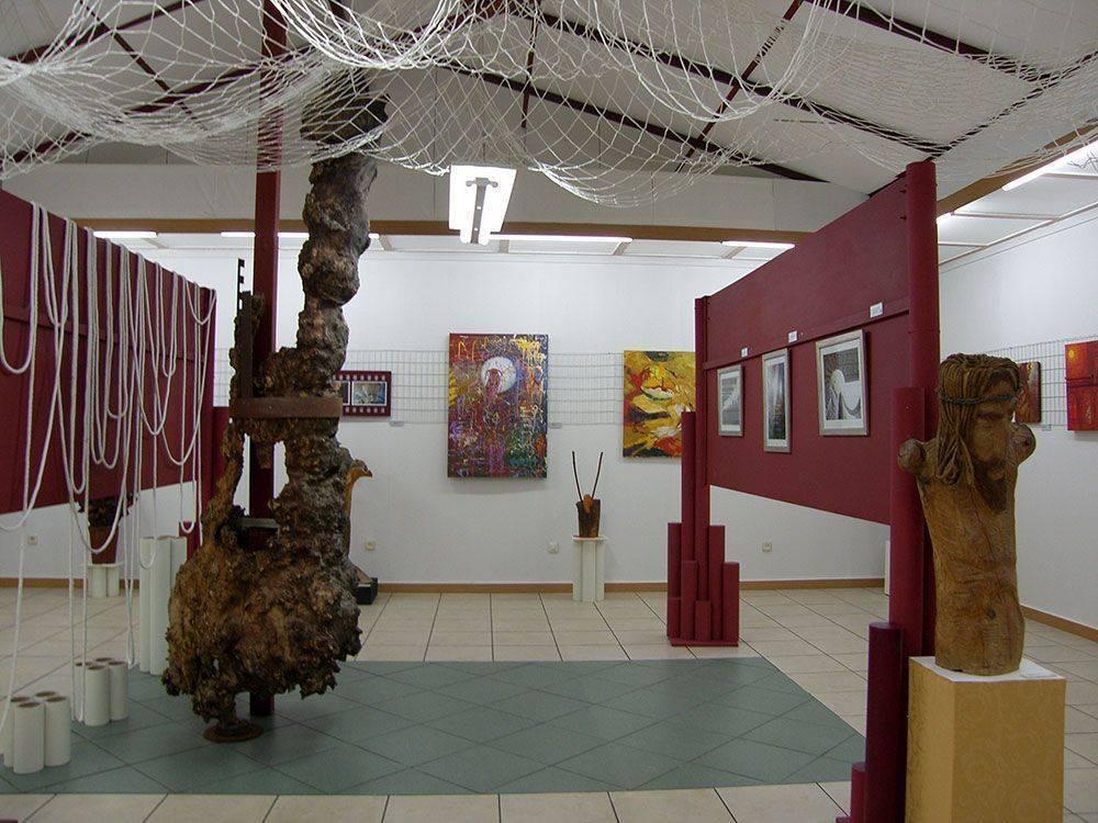 Exposición de Cuadros y Esculturas S.Morillo