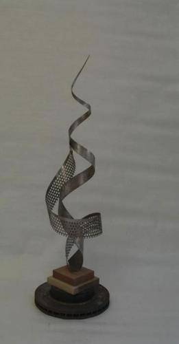 escultura-hierro-reciclado