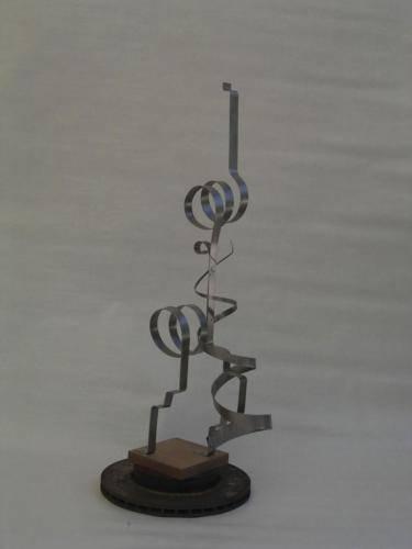 escultura-hierro-abstracta