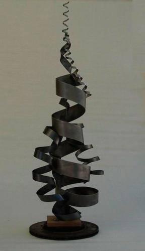 metal-escultura-abstracta