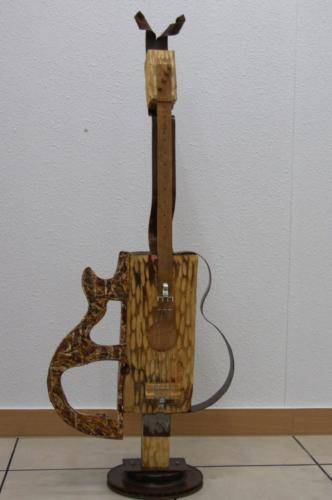 esculturas-hierro-y-madera