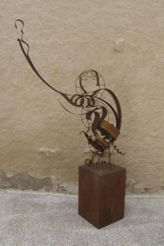 metal-esculturas-modernas